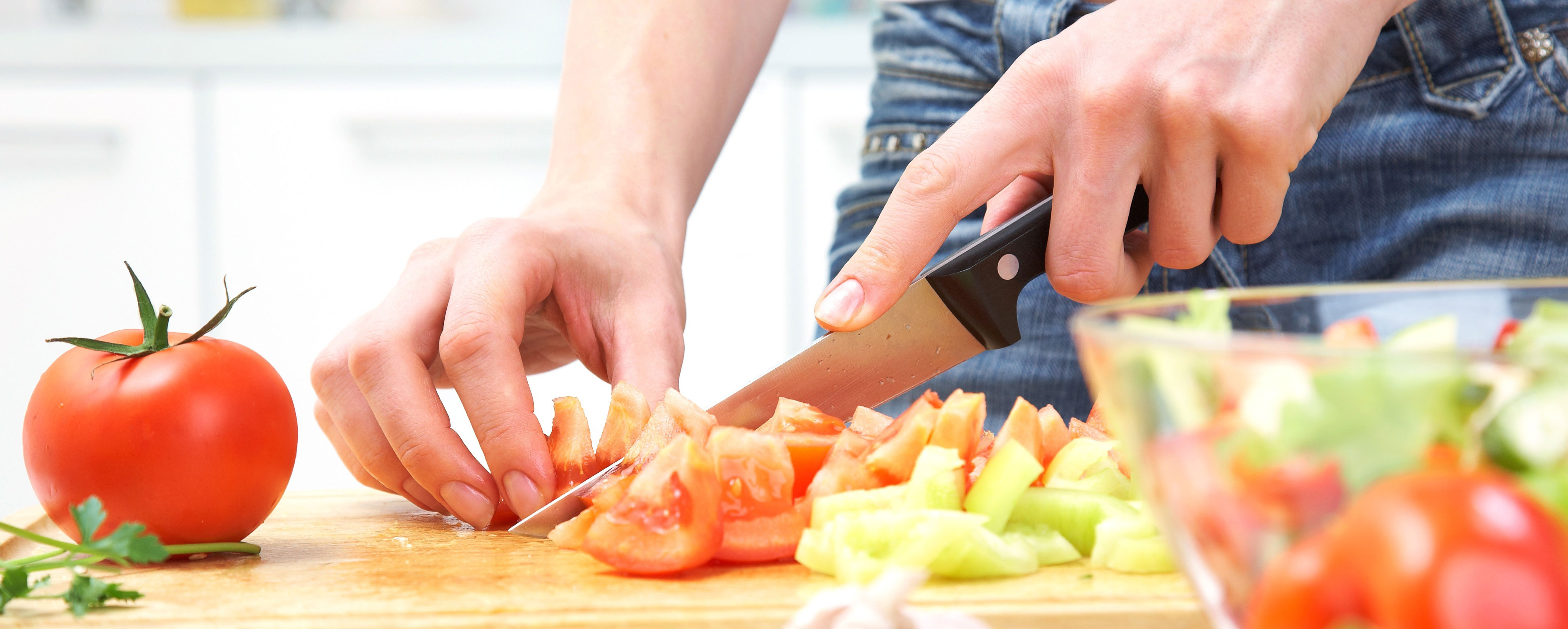 expert cooking advice you can use with kitchen knives set skenda one of the best things that you can do to save money and improve the quality of your dressings is to make your own homemade dressings will save you a lot